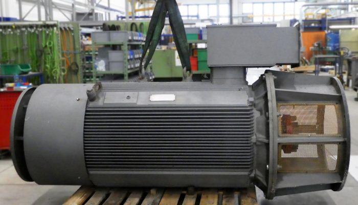 Revisione di un motore AC da 250Kw, comandato da inverter e montato verticalmente